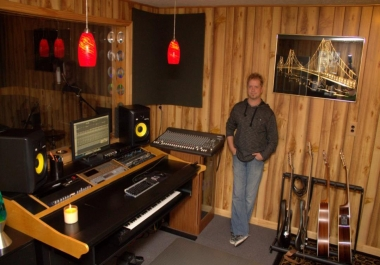 Turn your SONG IDEA into a FULL PRODUCTION. 21 Years experience - quick turn around
