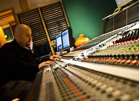 Let me make your tracks SHINE I can fix any issue for you: timing, pitch, noise, etc.  Vocals / Instruments / Podcasts