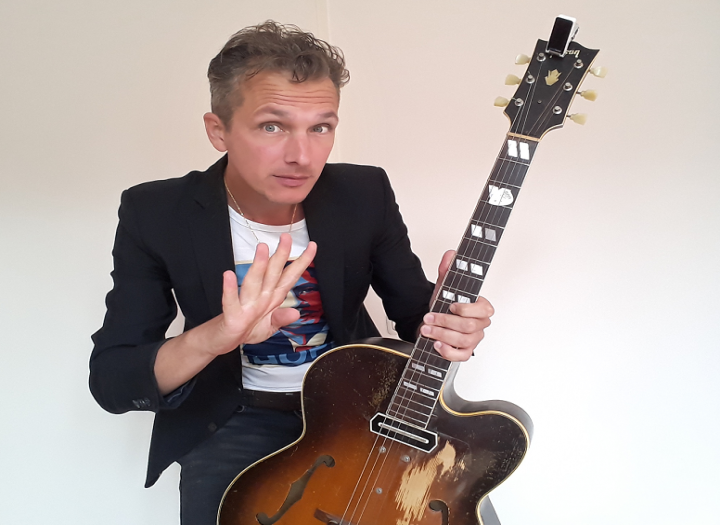 full treatment  pro guitar tracks acoustic & electric by Joost Zoeteman: jazz, pop, funk, gypsy jazz, and everything in between